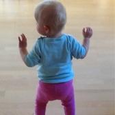 Baby_walking
